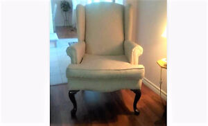 BEAUTIFUL SITTING CHAIR - must sell $50 Only!!