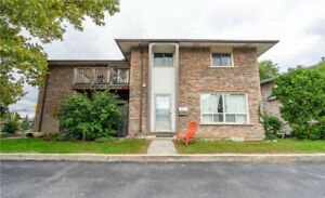 4 977 FRANCIS Road Burlington, Ontario