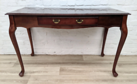 Mahogany Desk (DELIVERY AVAILABLE)