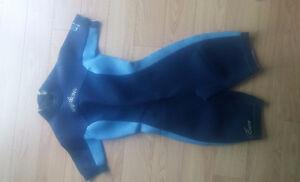 Wet Suit Bare pour Femme en très bon état. #8 Sorel-Tracy