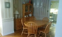 mint condition wooden dining table and 5 chairs