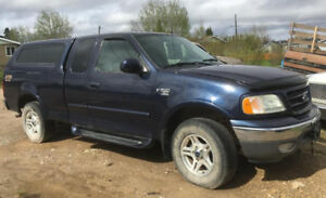 4X4 FORD TRUCK 150 -Salvage