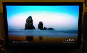 "Samsung C550 Series Plasma 42"" HDTV"