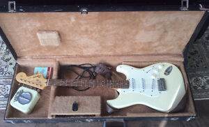 Squier Affinity Stratocaster Electric Guitar by Fender Gatineau Ottawa / Gatineau Area image 1