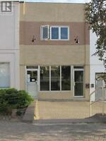 Commercial Building with Convenient Location In Elliot Lake!