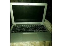 Apple macbook air 11inch