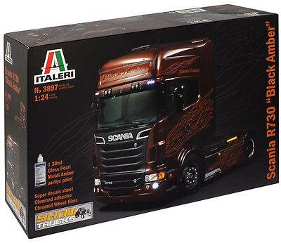 ITALERI Plastikbausatz LKW 1:24 SCANIA R730 ''BLACK AMBER'' Zugmaschine 3897