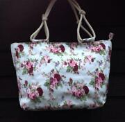 Womens Holdall