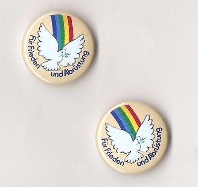 1x Für Frieden und Abrüstung Button Friedenstaube & Regenbogen