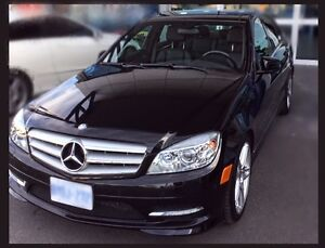 2011 Mercedes-Benz 350C Black Sedan