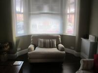 ***Lovely double room to rent in female house share ALL BILLS INCLUDED***