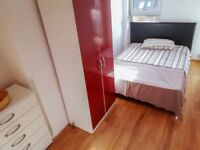 CHOOSE IT OR LOOSE IT! LOVELY DOUBLE JUST NEAR STRATFORD STATION