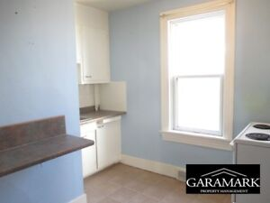 Gertrude Avenue - 2 Bedroom House for Rent