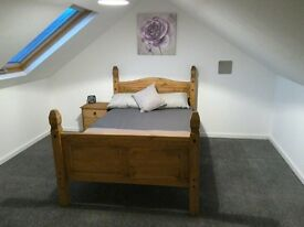 Double bedroom to let in newly refurbished house
