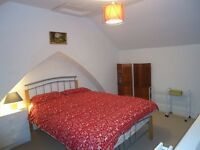 FURNISHED DOUBLE ROOM TO RENT £320 PCM, BILLS included
