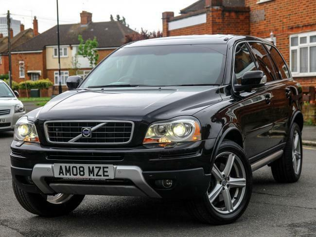 2008 volvo xc90 2 4 d5 turbo diesel se awd 4x4 7 seater auto rear dvd demo 1 pr in croydon. Black Bedroom Furniture Sets. Home Design Ideas