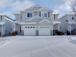 Furnished executive rental home in Sherwood Park