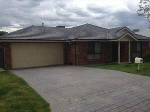 1 housemate required Thurgoona Thurgoona Albury Area Preview