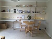 SPACIOUS TIDY VERY NICE 1 DOUBLE BEDROOM FLAT to RENT (Full-furnished & Free private car park)