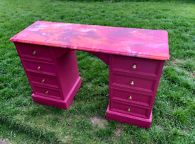 Pink dressing table with marble effect surface