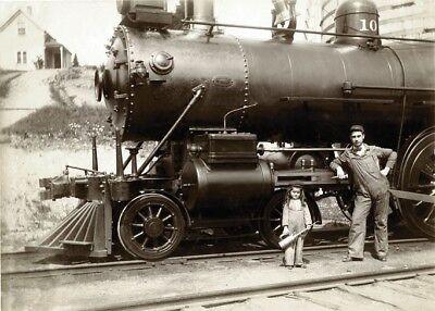 Circa 1900's original photo Steam train father and daughter in costume - P02](Father And Daughter Costumes)