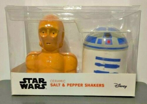 DISNEY Star Wars C3PO and R2D2 ceramic salt and pepper shakers New