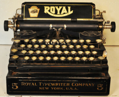 Royal Standard #5 vintage typewriter.