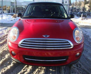 Mini Cooper 2D 2013 - Chili Red - under warranty - LOW KMS
