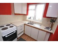 2 bedroom flat to rent in Hucknall city centre