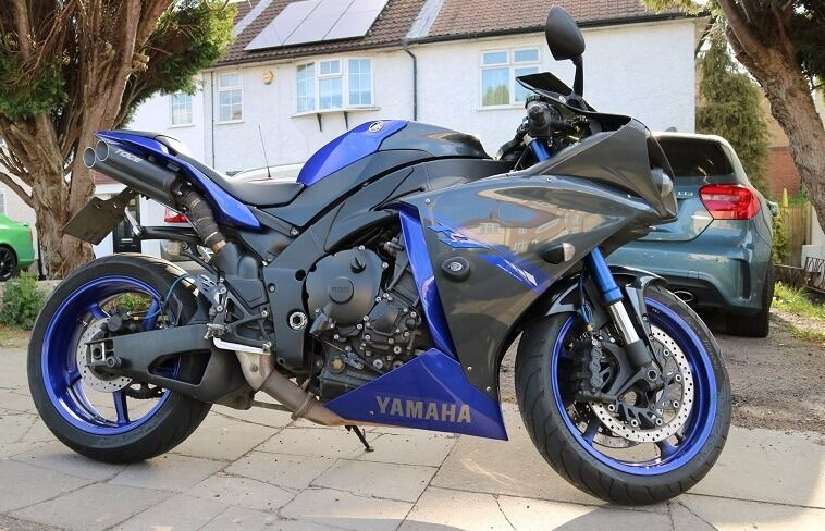 2014 yamaha yzf r1 big bang 1000cc race blue edition for Yamaha r1 2014