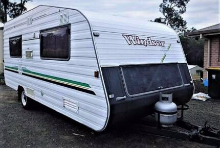 1997 16FT WINDSOR SYDNEY SUNCHASER 2000 CARAVAN