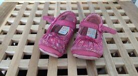 Clarks shoes size 3 1/2