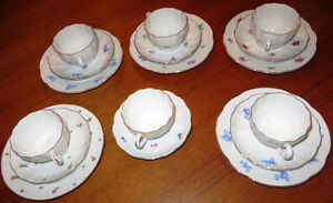 Vintage Arabia Porcelain Cups and Saucers Made in Finland