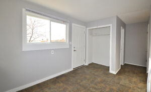 Side-by-side duplex! Live in one side and rent out the other! Regina Regina Area image 4