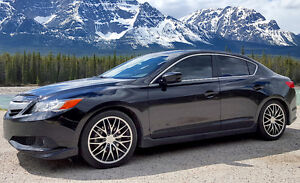 LOADED plus EXTRAS - Acura ILX Dynamic (6-speed Manual)