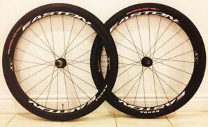 """EASTON XC 29"""" EUC wheels + KENDA tires"""