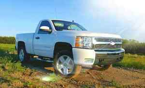 2010 chevy Silverado LT Regular cab  4x4 short box