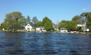 WATER FRONT COTTAGE RENTAL & BOAT RENTAL FISHING Kawartha Lake