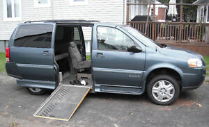 2007 Wheel chair accessable Chevrolet Uplander Minivan, Van
