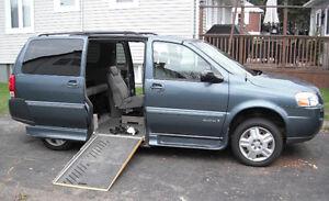 2007 Wheel chair accessable Chevrolet Uplander Minivan, Van