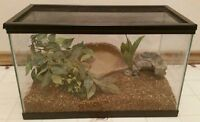 10 gallon terrarium for sale with extras open to offers:)