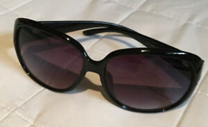 NWOT Sunglasses