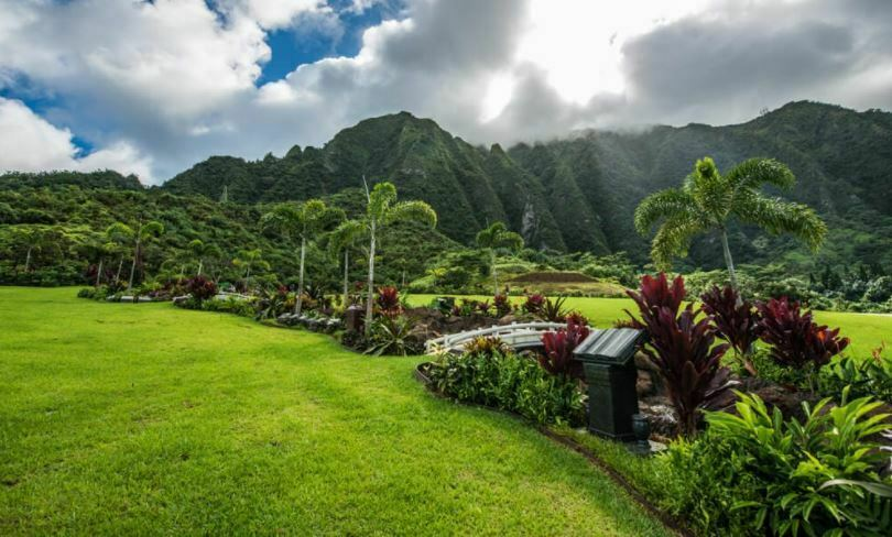 Four Side-by-Side Burial Plots On The Island Of Oahu, Kaneohe, Hawaii  - $9,995.00