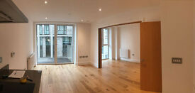 Beautiful Newly Built 1 Bedroom Studio Flat at Royal Gateway. 6 min walk from Canning Town Station