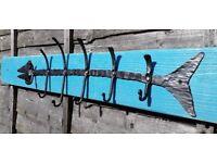 New Reclaimed Rustic Wooden Coat Rack Vintage Handmade Cast Iron Fishbone Hooks