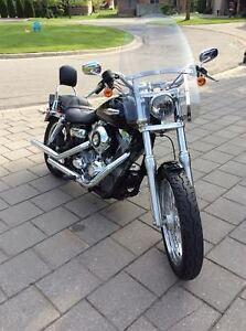Super-Glide Deluxe Mint Condition FXDC Harley-Davidson