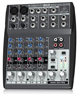 Behringer XENYX802 Mixer