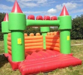 bouncy castle with blower and matt