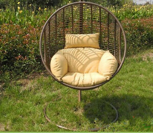chaises en osier  berçante araignée, balançoir suspendu