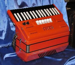High Quality Accordion including Self-Paced Music Lessons